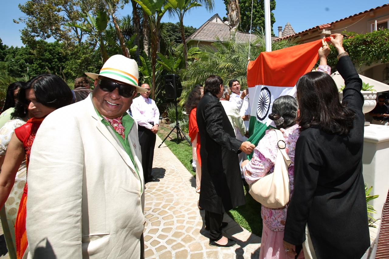Dr. M at India Splendour event in Los Angeles USA